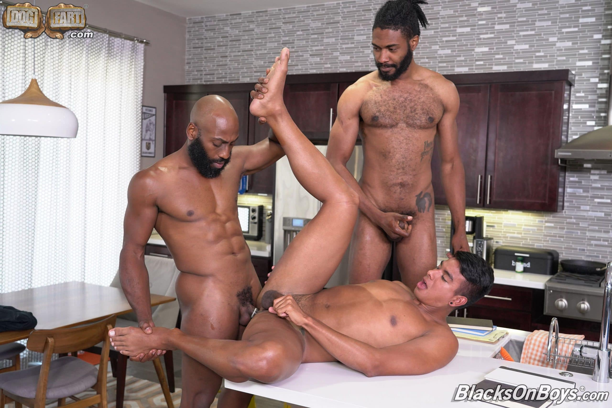 gay porn threesome